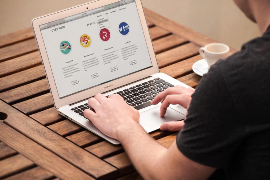 How do you refresh a Chromebook?